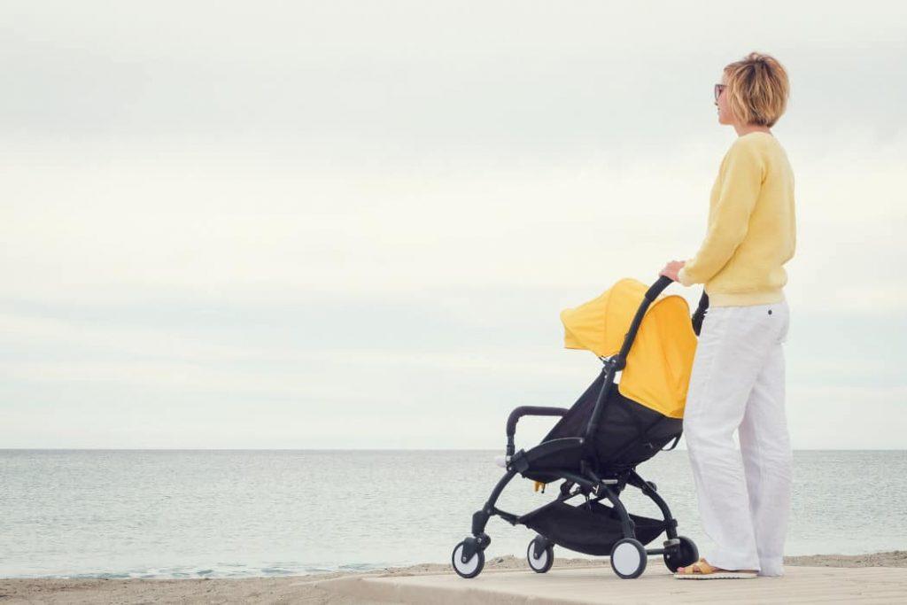 Best Lightweight Stroller For Travel Under 13 Pounds Header 2