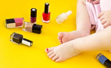 When Can You Painting Baby Nails Header